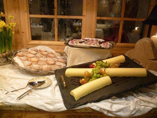 Luxury DolceVita Resort Preidlhof: Dessertbuffet