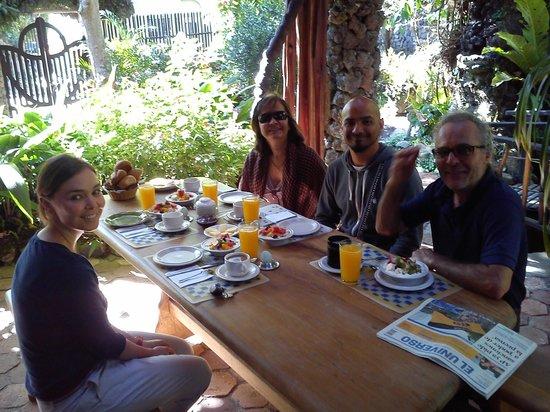 Hosteria y Spa Isla de Banos: breakfast