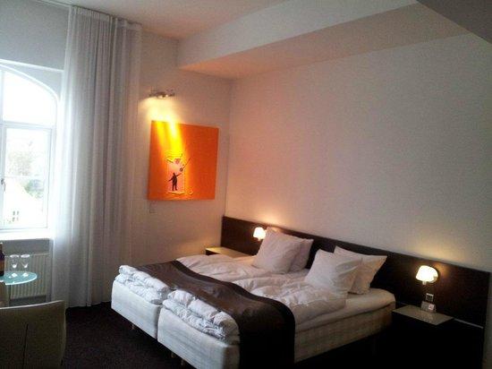 Comwell Kellers Park & Spa: Nydeligt værelse med gode senge