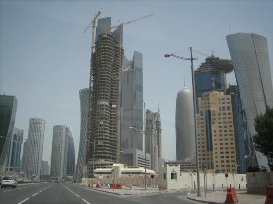 Royal Qatar Hotel: Edificios
