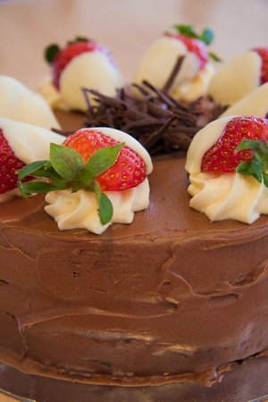 West Shore Beach Cafe: Chocolate Cake Topped with a Chocolate Ganache and White Chocolate Strawberries