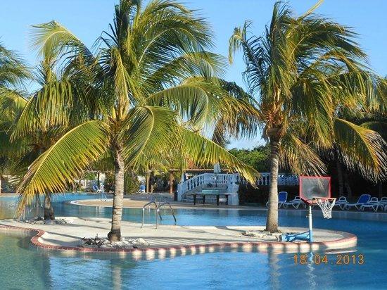 Iberostar Ensenachos: Pool area