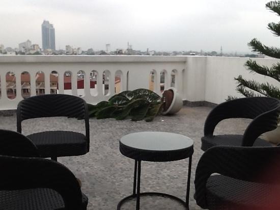 Church Boutique Hotel Hang Gai : private patio