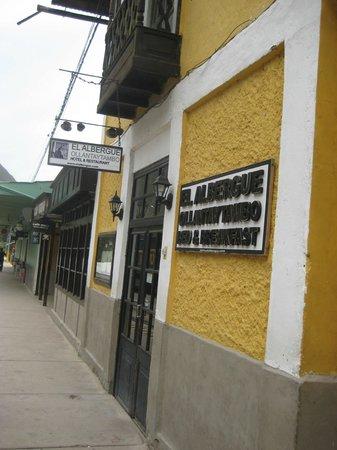 El Albergue Ollantaytambo: Entrance to the Hotel