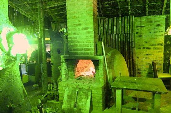 El chozon bar & grill: huge stone oven