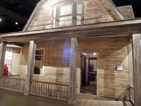 Western Development Museum: Depression House