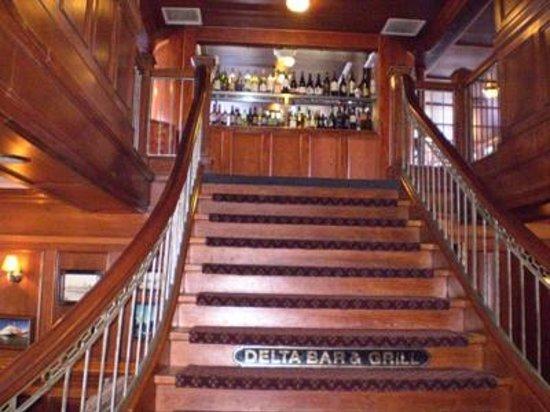 Delta King: Delta Bar & Grill