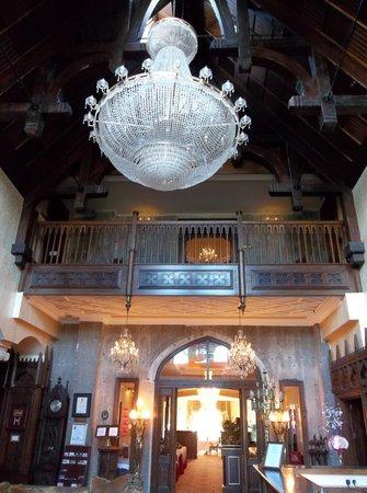 Kilronan Castle Hotel & Spa: Lobby