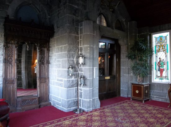 Kilronan Castle Hotel & Spa: Entrance