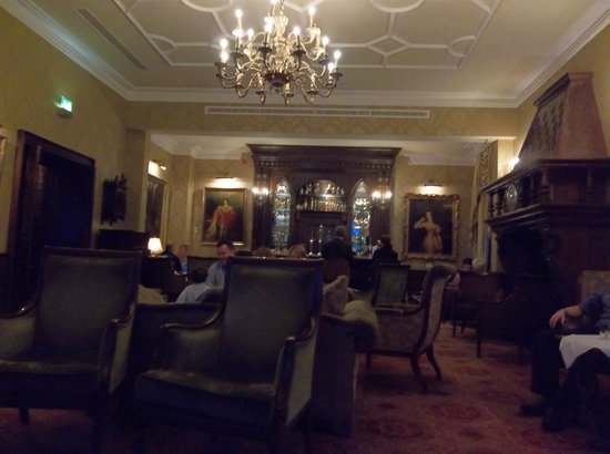 Kilronan Castle Hotel & Spa: Bar