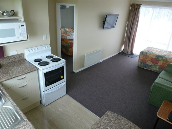 Monarch Motel: One bedroom unit - sleeps 3