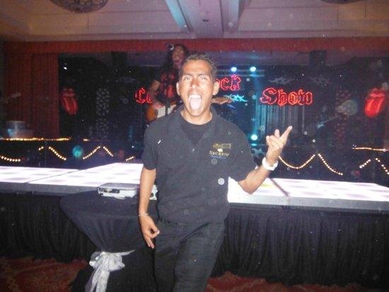 Secrets Capri Riviera Cancun : Victor from the entertaiment staff.