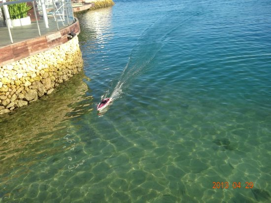 Moevenpick Hotel Mactan Island Cebu: model boat