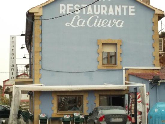 Restaurante restaurante la cueva en alar del rey con for Restaurante la cueva zamora
