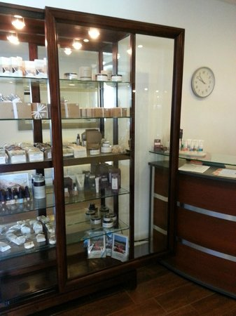 Andari Spa: Products to spoil yourself with