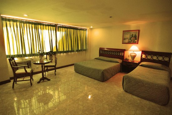 New Pongos Hotel: executive room
