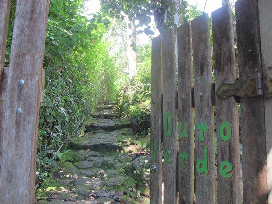 Pousada Ouro Verde: Vhod v ouro Verde