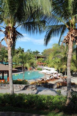 Four Seasons Resort Costa Rica at Peninsula Papagayo: Pool area