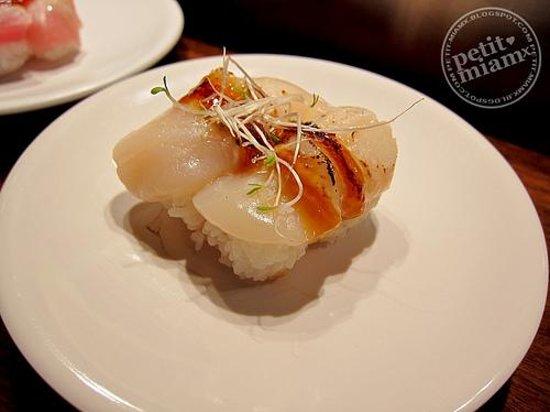 Sakura Japanese sushi bar Foto
