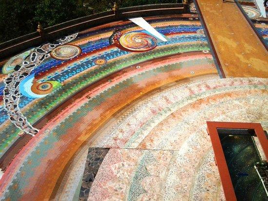เขาค้อ, ไทย: Wat Pha Sorn Kaew main floor