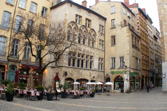Lyon Guided Tour - The Secrets Behind the Old City Doors