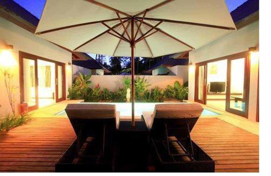 Kebun Villas & Resort: Pool