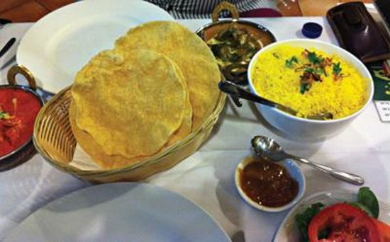 Naan bread and samosa picture of indian zaika restaurant for 7 hill cuisine of india sarasota