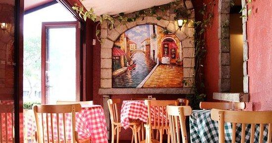 Cafe Marinara