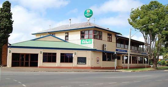 newtown hotel toowoomba restaurant reviews phone. Black Bedroom Furniture Sets. Home Design Ideas
