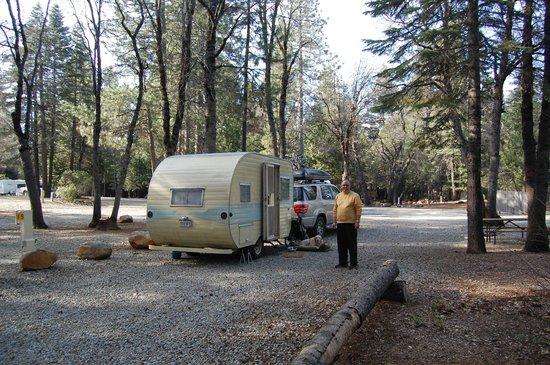 Mt. Lassen / Shingletown KOA: Our nice big pull through site