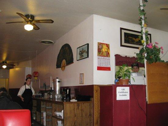 China Restaurant - Waldport, interior