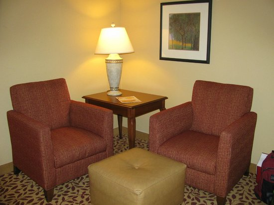 Augusta Marriott at the Convention Center: Two chairs in living (across from desk)