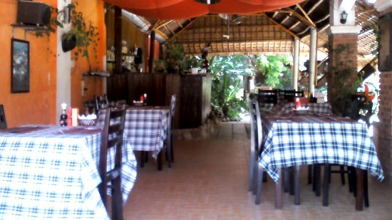 Bon Bon Restaurant : the hall