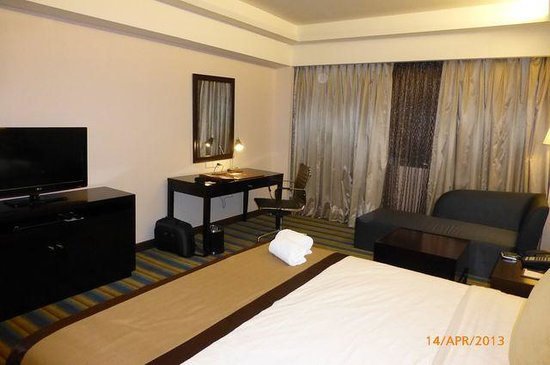 Luxent Hotel: room pic02