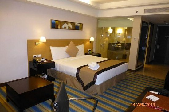 Luxent Hotel: room pic04