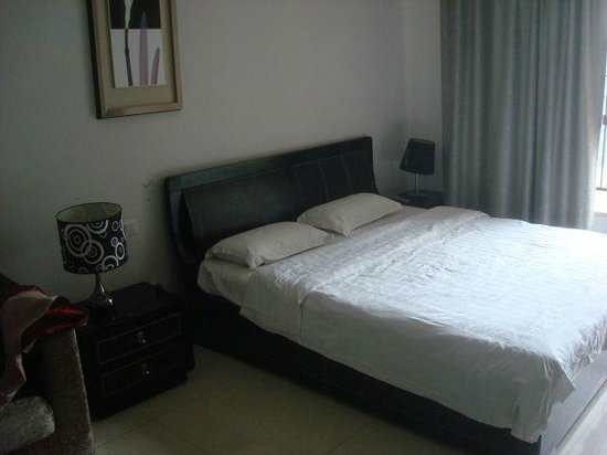 Guangzhou Central Plaza International Apartment: room