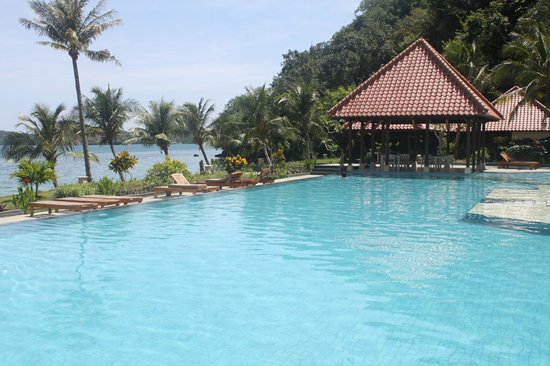 Laprima Hotel: Picture from pool area