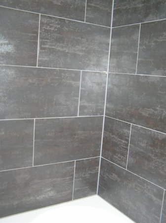 Pakat Suites Hotel: Bath