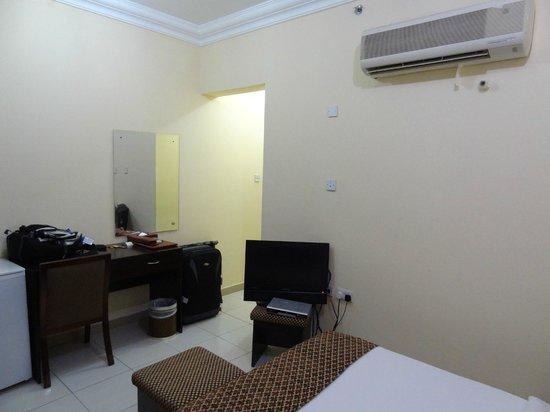 La Villa Hotel: room