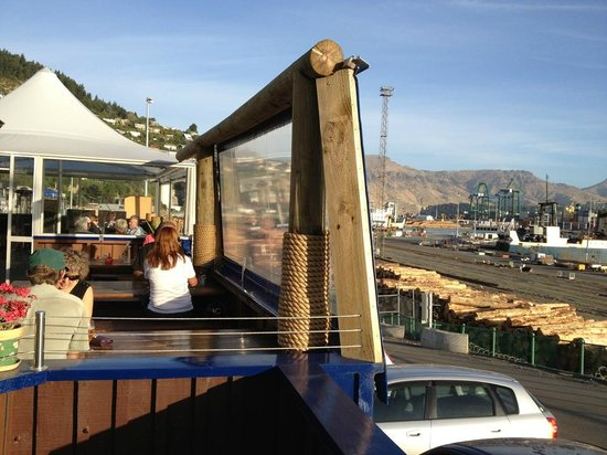 Fisherman's Wharf Lyttelton: Outside seating area