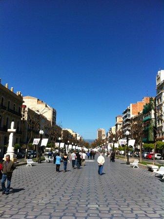 AC Hotel Tarragona: Rambla Tarragona