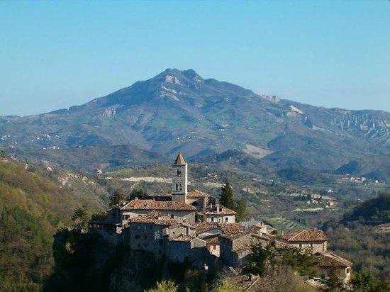 Borgo Medievale di Castel Trosino: Borgo di Castel Trosino