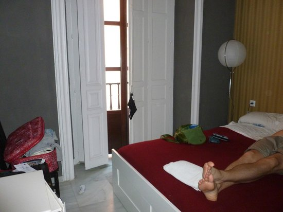 Oasis Seville: Double bed room