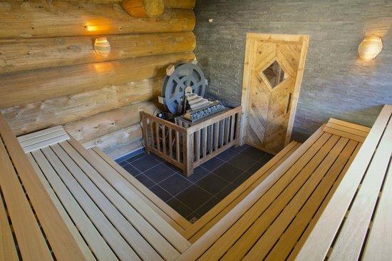 Hotel Lamm : Blockhaus- Sauna mit Mühlenofen
