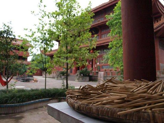 Wusheng County, Kina: Yongshou Si
