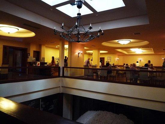 Grand Yavuz Hotel: 朝食を食べるレストラン