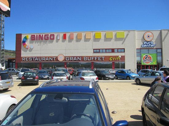 La Jonquera, España: Grand Buffet Libre El Bingo