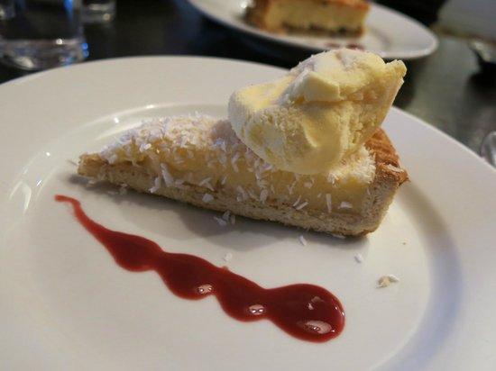 The Greyhound Hotel: Dessert