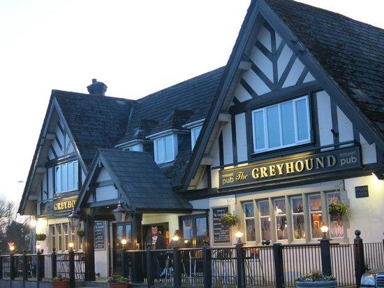 The Greyhound Hotel: Exterior
