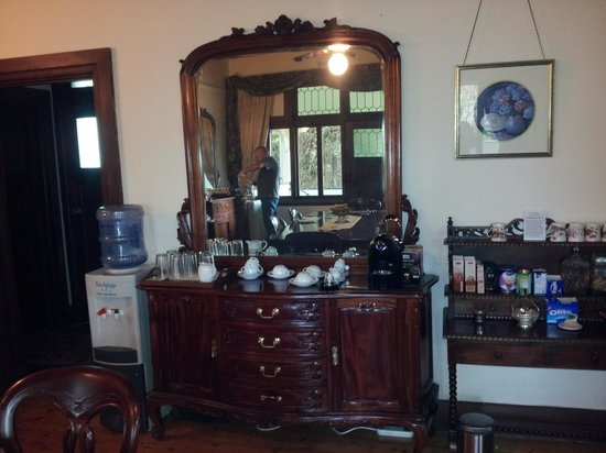 Lorelei Bed and Breakfast: dining room dresser